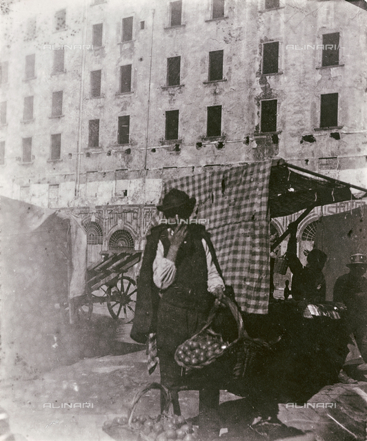 Seller of onions in the Old Market Square, the site of today's Piazza della Repubblica, Florence