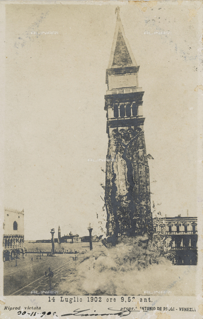 The collapsed of the Bell tower of the Basilica of S. Marco, 14 July 1902, in Piazza S. Marco, Venice