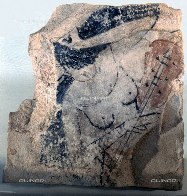 An artist's practice sketch of a musician. Country of Origin: Egypt. Culture: Ancient Egyptian, New Kingdom. Place of Origin: Deir el-Medina. Egyptian Museum, Cairo