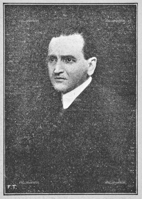 """The art critic Nello Tarchiani (1878-1941), member of the Executive Commission of the Italian Painting Exhibition of the seventeenth and eighteenth centuries at Palazzo Pitti. Photograph taken from the magazine """"L 'Illustrazione italiana"""" of 25 June 1922, n. 26, page 739"""