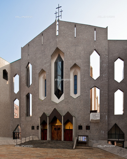 Church of San Francesco d'Assisi al Fopponino: west façade, Giò Ponti (1891-1979), Milan