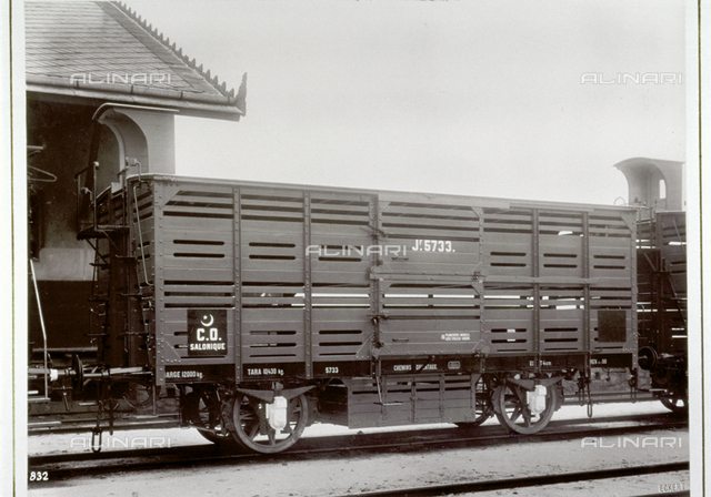 Coach of the eastern railways used for the transportation of animals
