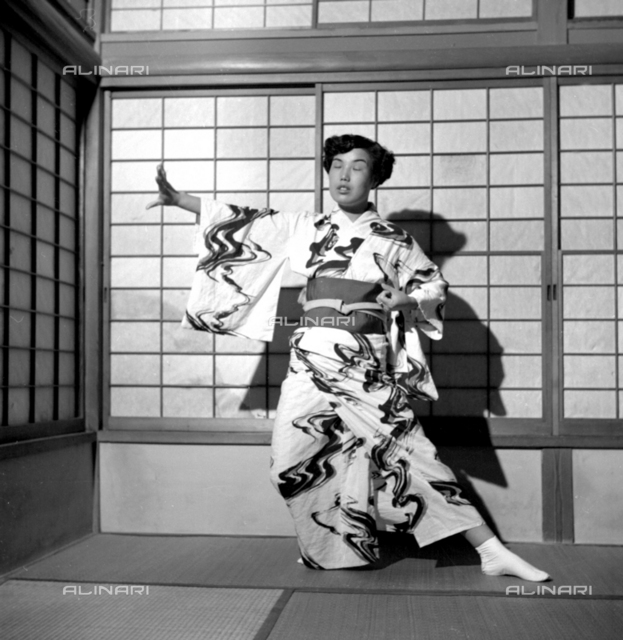 Japanese portrayed with traditional clothes