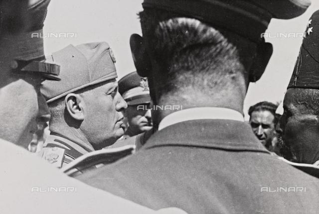 """Album """" Duce """": Benito Mussolini profile"""