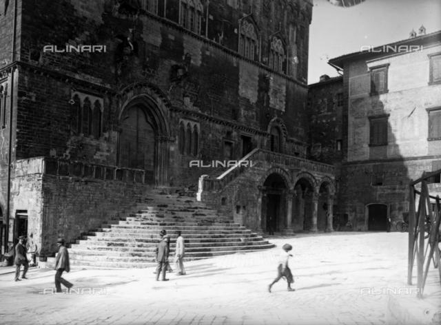 Flight of steps, Town Hall or dei Priori, in Piazza IV novembre, Perugia