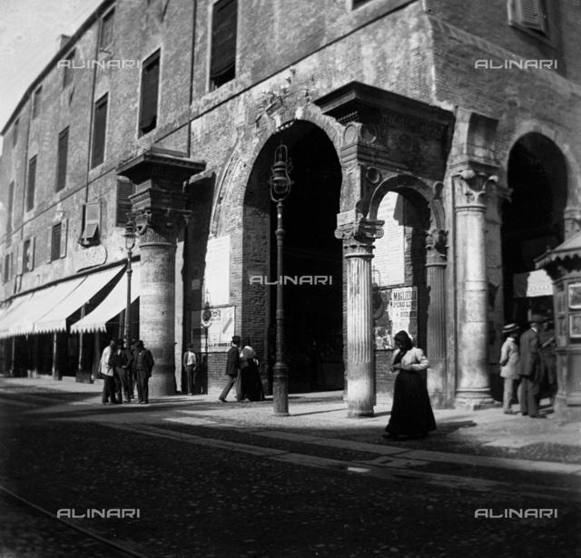 Street scene, Ferrara