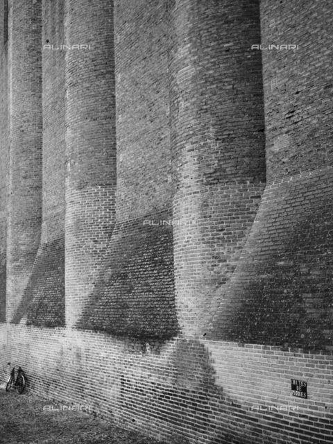 The walls of the church of the Jacobins in Toulouse