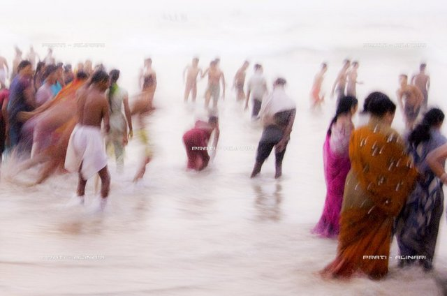 India, Orissa, Puri, purification in the sea Govinda Dwadashibuda dedicated to Jagannath