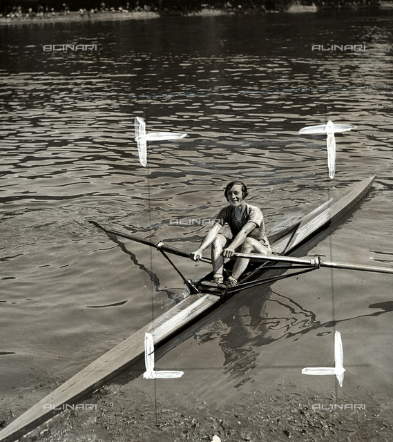 Portrait of Yvonne Sadoux, female rowing champion.