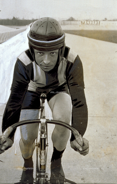 French cyclist Serès on a racing bicycle
