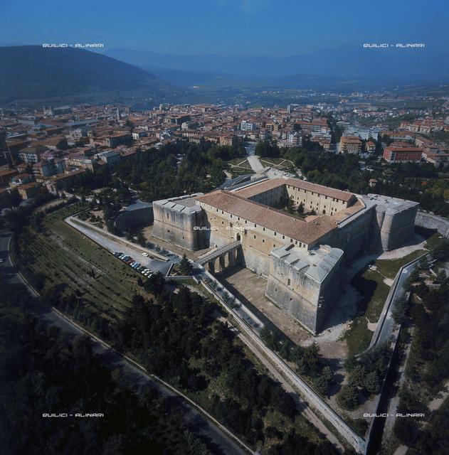 Castle, L'Aquila