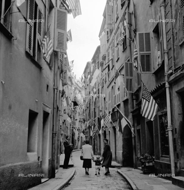 Grace Kelly and Ranieri of Monaco's wedding. Streets of the Principality
