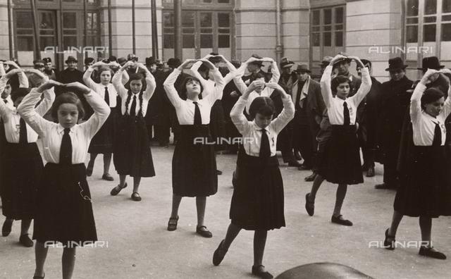 Young italian girls exercising