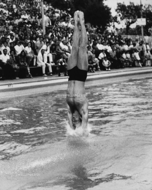 The diver Klaus Di Biasi during a performance.