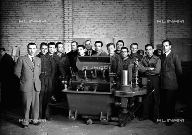 Group of workers in the S.A.M.P. workshop in Bologna