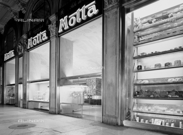 The Piazza Duomo Motta store in Milan