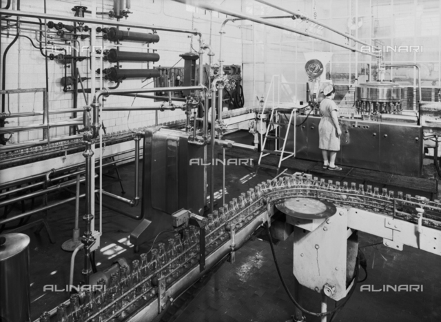 Inside of a SALFA factory. This sector is for the bottling of marmalade, syrup, soft drinks and fruit juice.