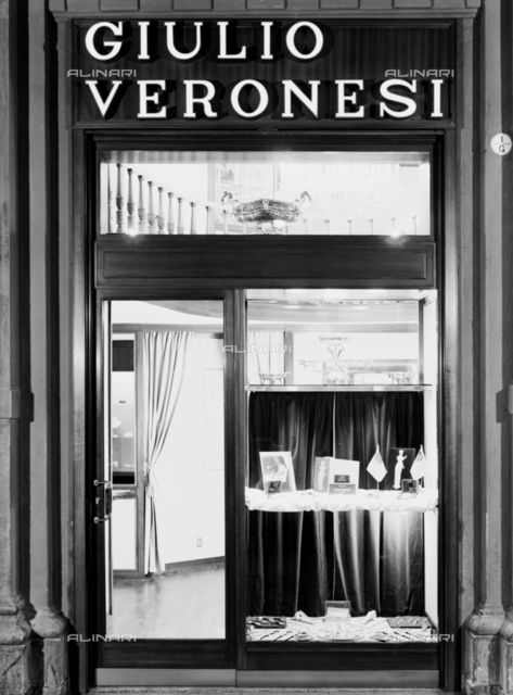 Shop window of one of Giulio Veronesi's jewelry stores in Bologna