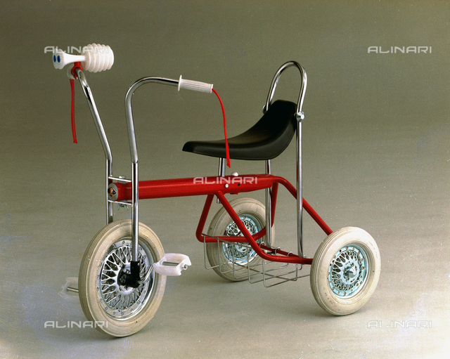 Ampatoys tricycle
