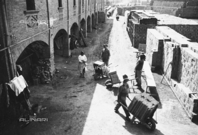 Workers to work within Galotti Furnace for the production of bricks, now home to the Museum of Industrial Heritage of Bologna