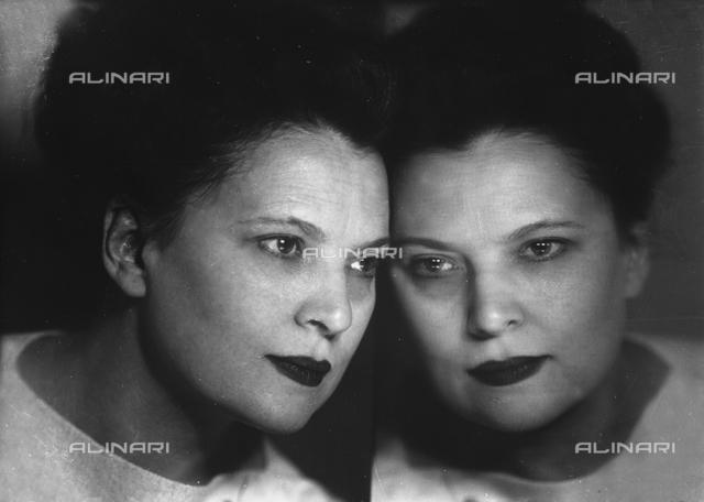 Portrait of Wanda Wulz in the mirror