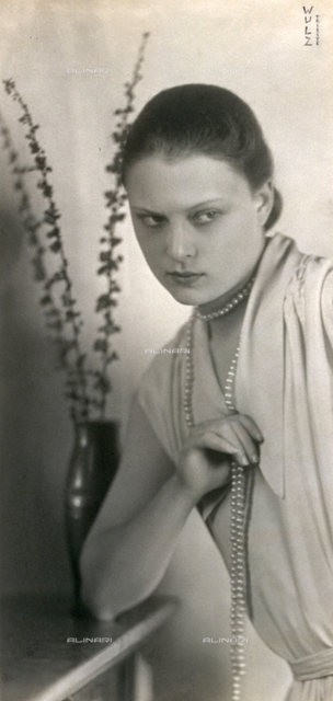Half-length portrait of Wanda Wulz